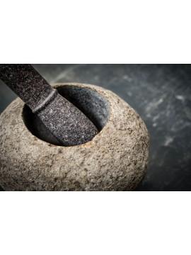 Fuente en piedra de río fosilizada